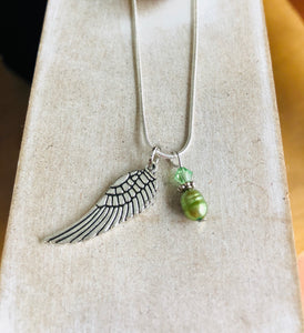Angel wing necklace green fresh water - Mystery Art & Jewelry