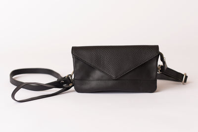 Signature Crossbody - Black/Black Cobra