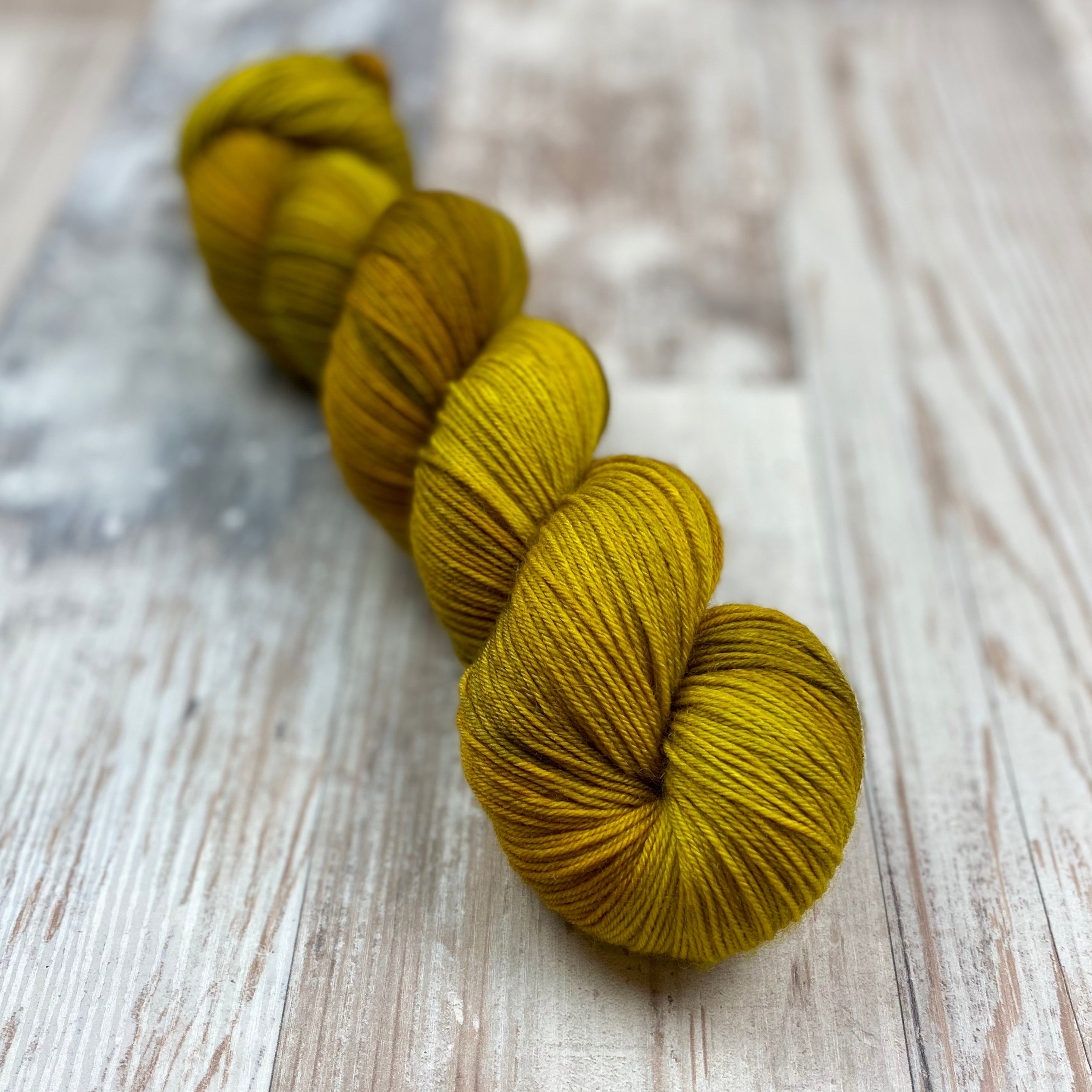 Heart of Gold | Merino Semi-Solid 4ply