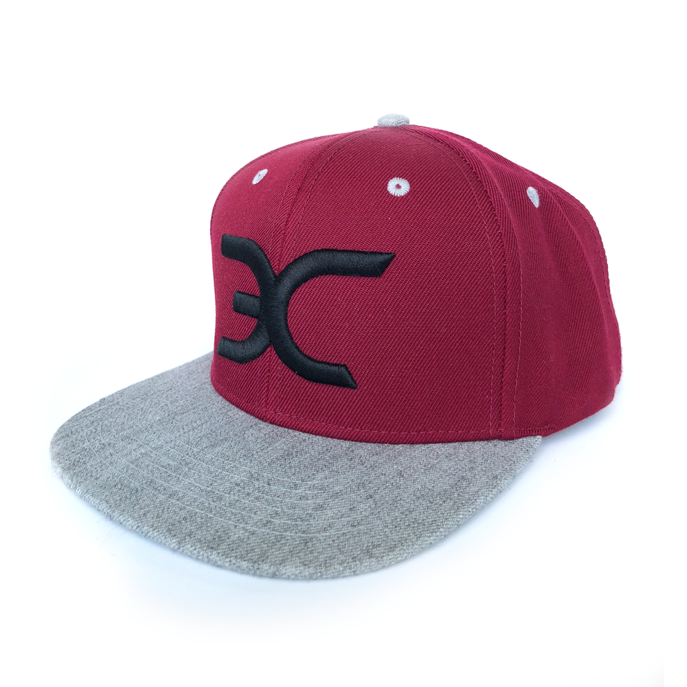 """ROYAL BURGUNDY"" CLASSIC SNAPBACK"