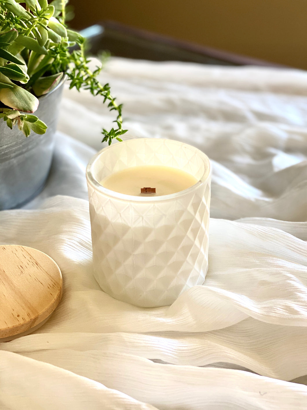 Beeswax Lifestyle Aromatic Candle | White