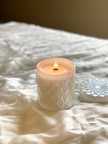 Essential Oil Aromatic Candle | Pearl White | 8 oz.