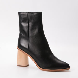 Zoe Kratzmann Hanker Black Leather