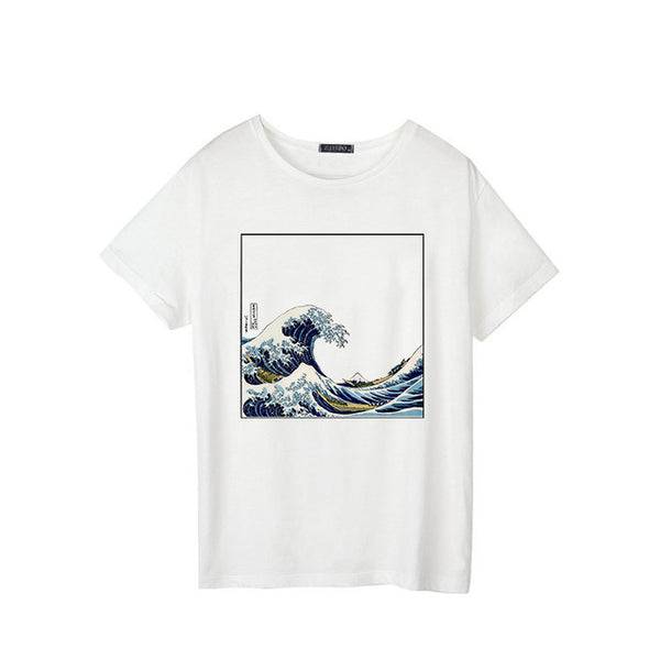 T-shirt with sea wave design for female