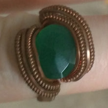 Load image into Gallery viewer, Copper and Green Onyx Ring