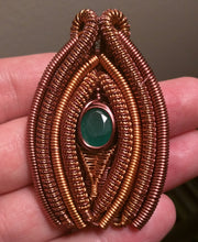 Load image into Gallery viewer, Copper and Green Onyx Venus Pendant