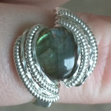 Load image into Gallery viewer, Silver and Labradorite Ring