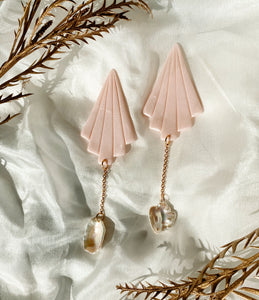 Belladonna in Pink Pearl