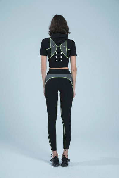 BIBI BLACK HOLD AND MOULD HOODIE CROP TOP