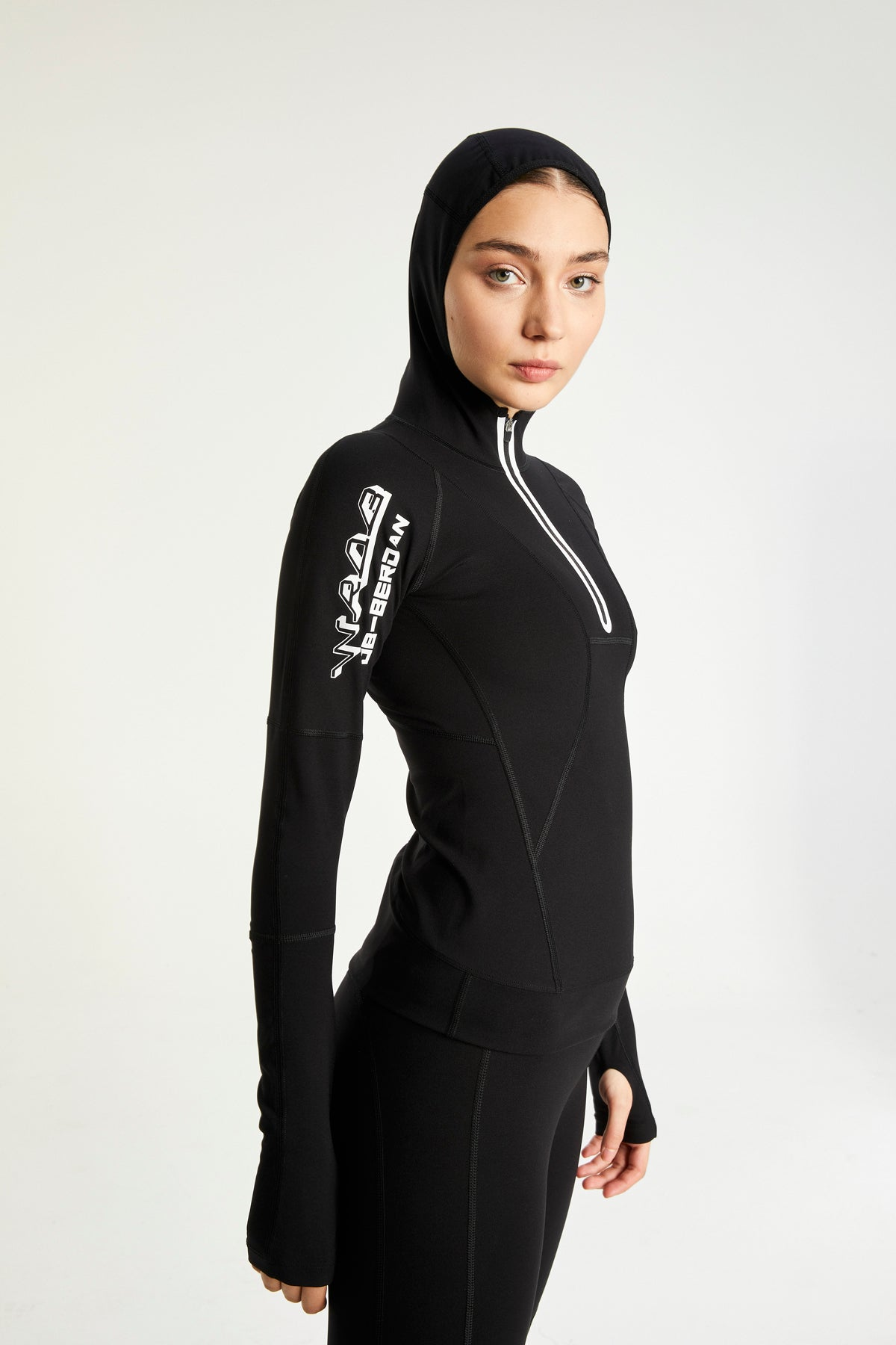 CROSS-OVER BLACK ULTRA TECHNOLOGIC HOODIE TOP