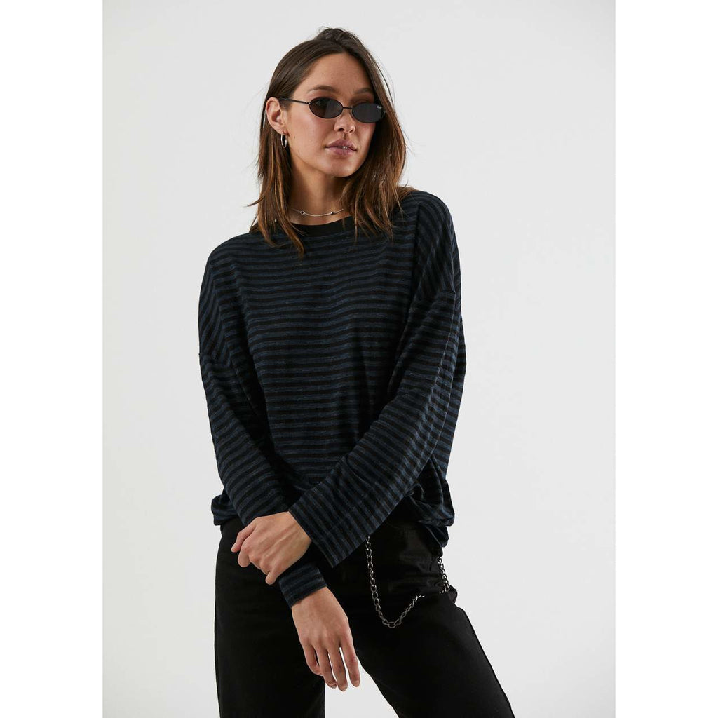 NOA HEMP OVERSIZED LONG SLEEVE TEE