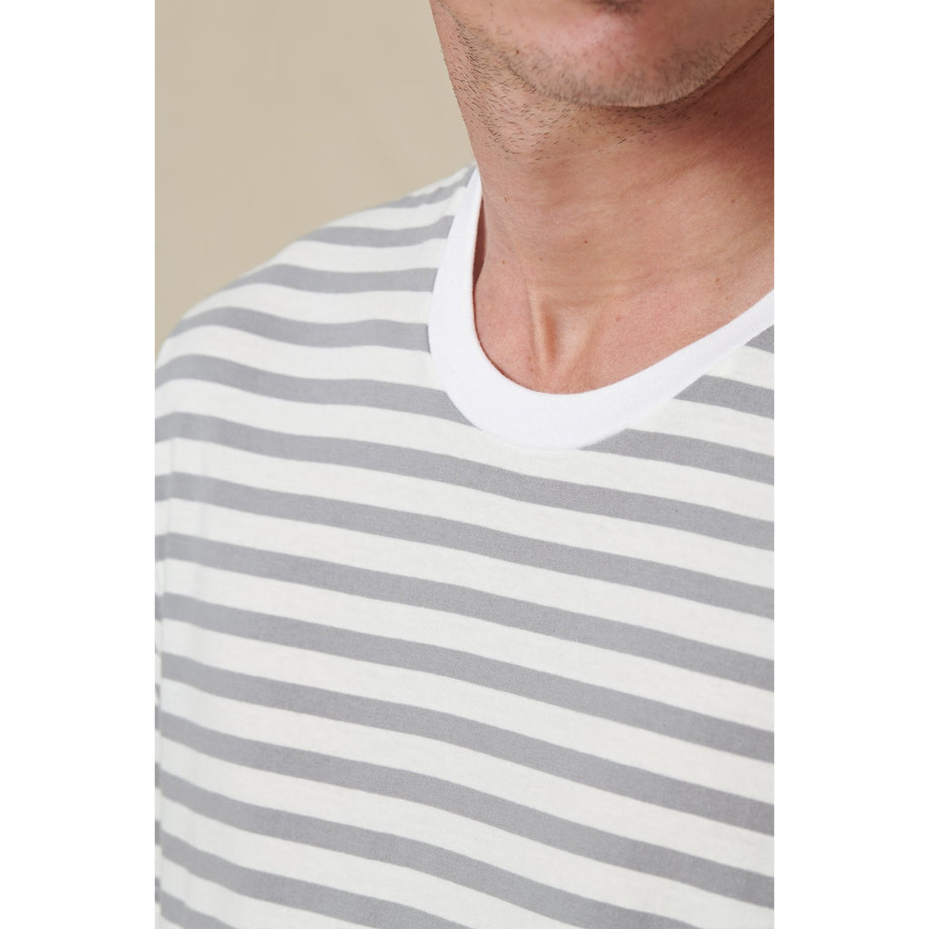HORIZON STRIPED TEE LOW VELOCITY GLOBE