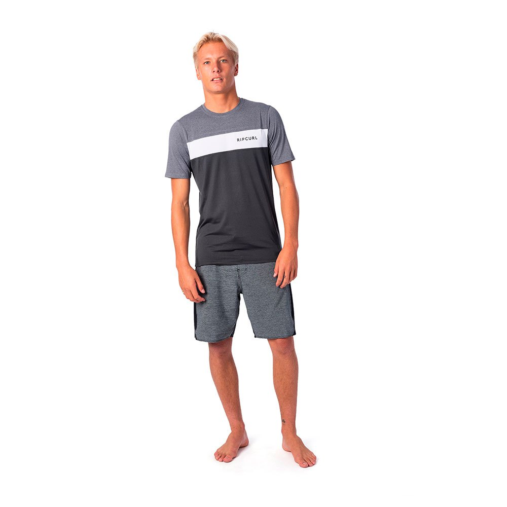 UNDERLINE PANEL SHORT SLEEVE UVT