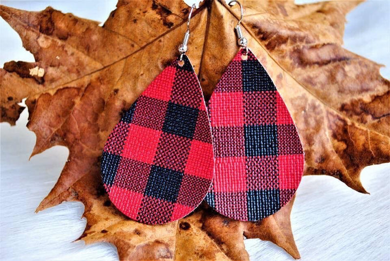 Buffalo Plaid Teardrops