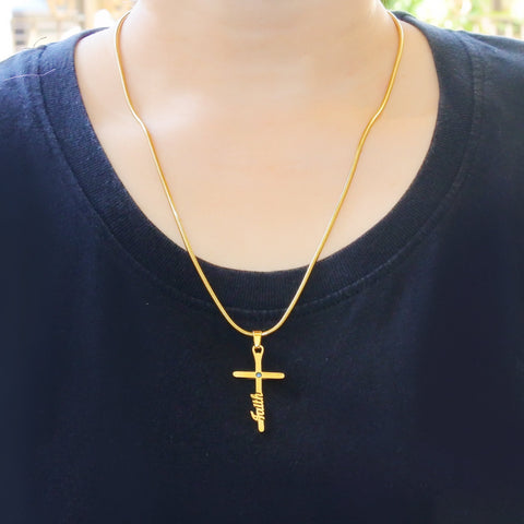 Cross Name Necklace Belle Fever 5