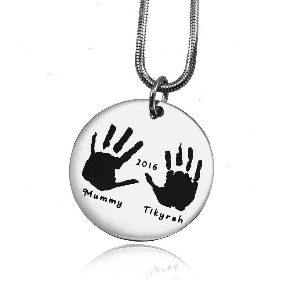 Hand on My Heart Necklace Silver Personalized Belle Fever 2