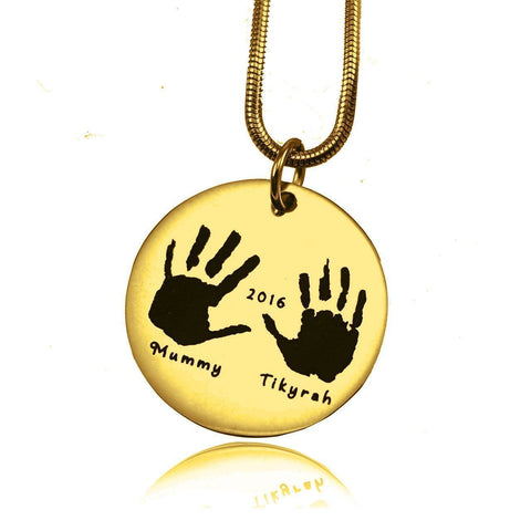Hand on My Heart Necklace Gold Personalized Belle Fever 3