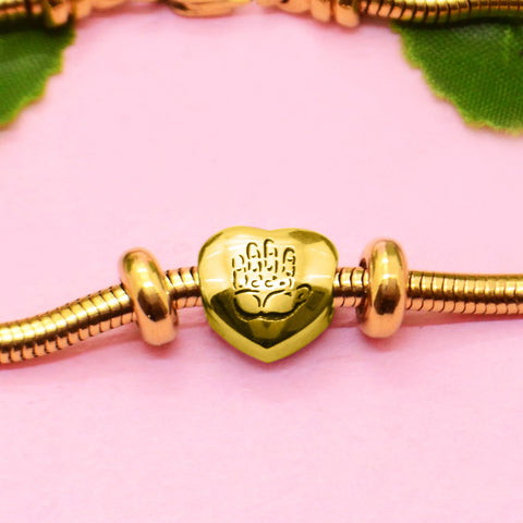 Hand on My Heart Charm For Moments Bracelet