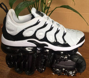 New Air Vapormax Plus Tn Plus Olive In Metallic White Silver Colorways Shoes Men Shoes For Running Pack Mens Shoes - cybershoestore.com