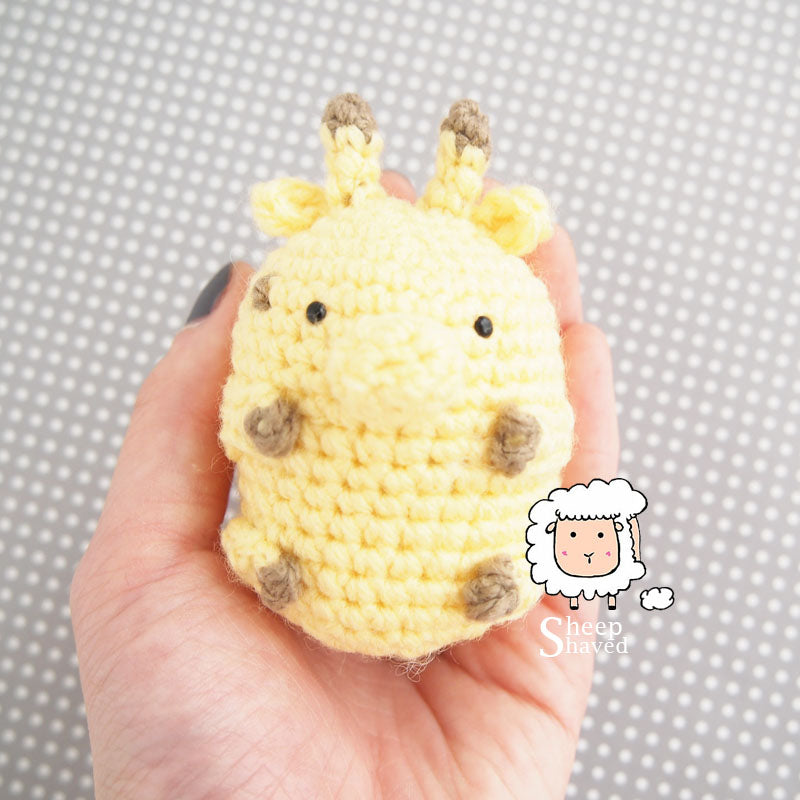 Mini Giraffe Amigurumi Accessory