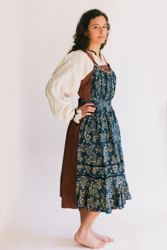 Folkwear - Russian Settlers' Dress