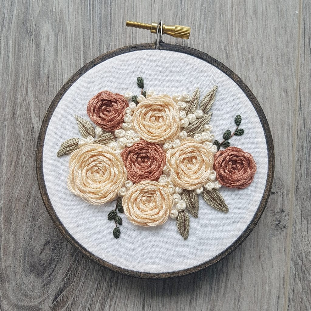Leisure Arts - Mini Maker Embroidery Kit - English Roses - 4""