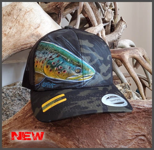 Beached Brown -  Yupoong Adjustable Mesh Snapback Multicam Black