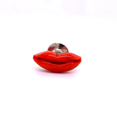 Custom jewelry, Coral lip lapel pin, llyn strong, Greenville, SOuth Carolina