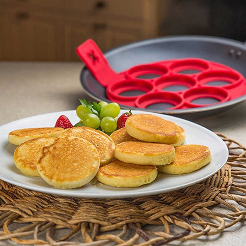 products/Perfect-Pancake-maker-Egg-cheese-bread-bakeware-7-Cavity-non-stick-Flippin-Fantastic-Silicone-Pancake-Mold.jpg_q50.jpg