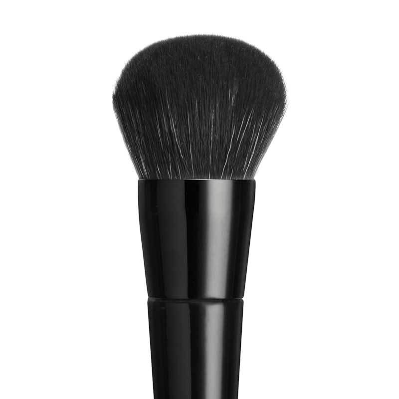 COUTURE LARGE DOMED BLENDING BRUSH