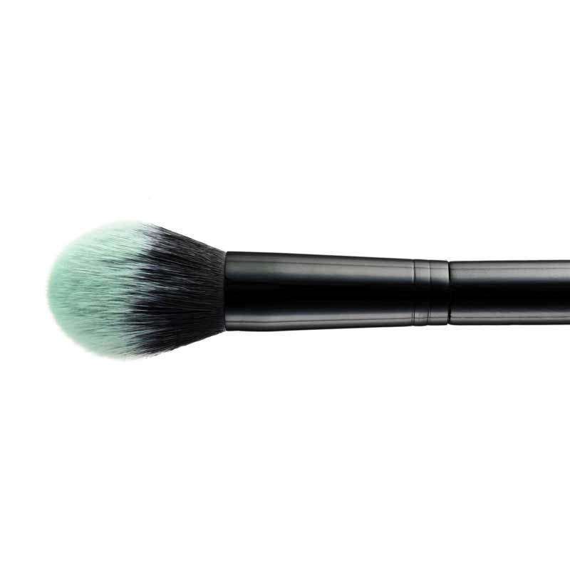 BLACK BEAUTY POWDER BRUSH