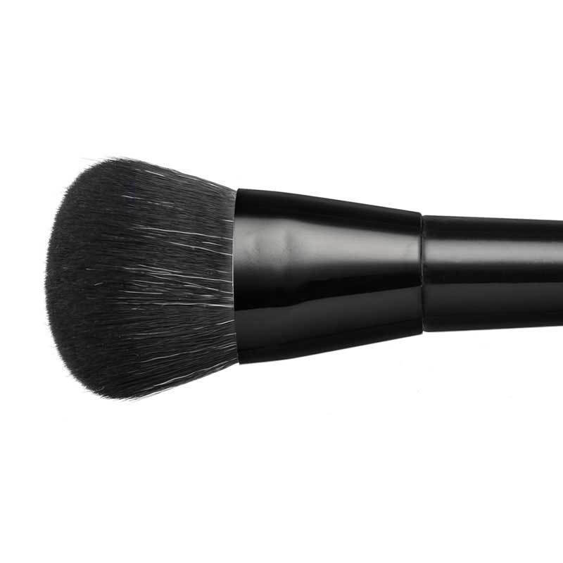 BRUSHES - COUTURE FOUNDATION SCULPTING BRUSH