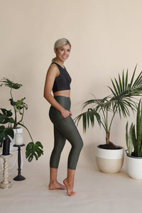 Firefly V2 3/4 Length Leggings