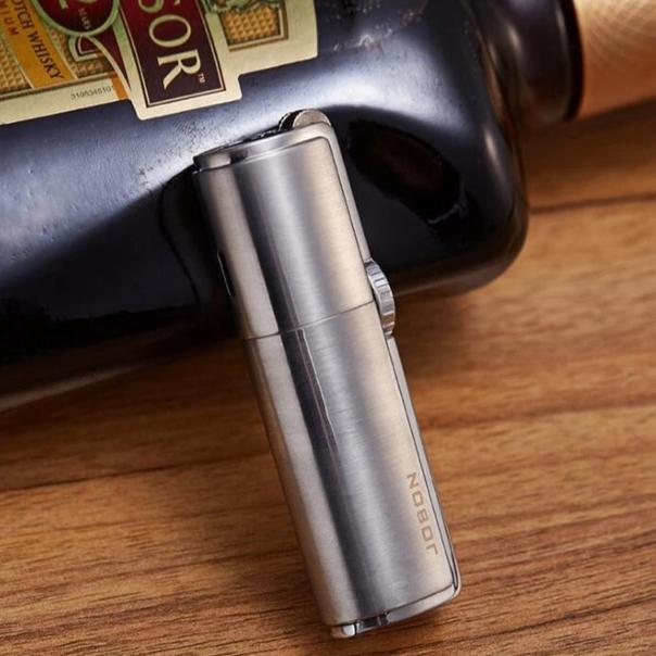 Powerful And Windproof Triple Jet Torch Lighter