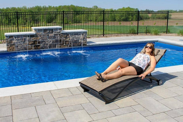 Vivere Glendale Adjustable Aluminum Outdoor Reclining Loungers