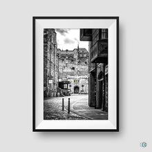 Load image into Gallery viewer, Edinburgh Castle Esplanade