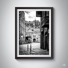 Load image into Gallery viewer, Edinburgh black & white photography