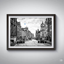 Load image into Gallery viewer, Edinburgh famous street