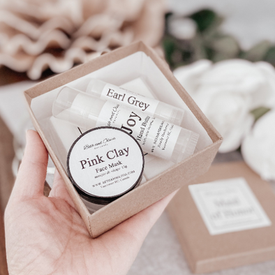 Maid of Honor Self Care Gift Box