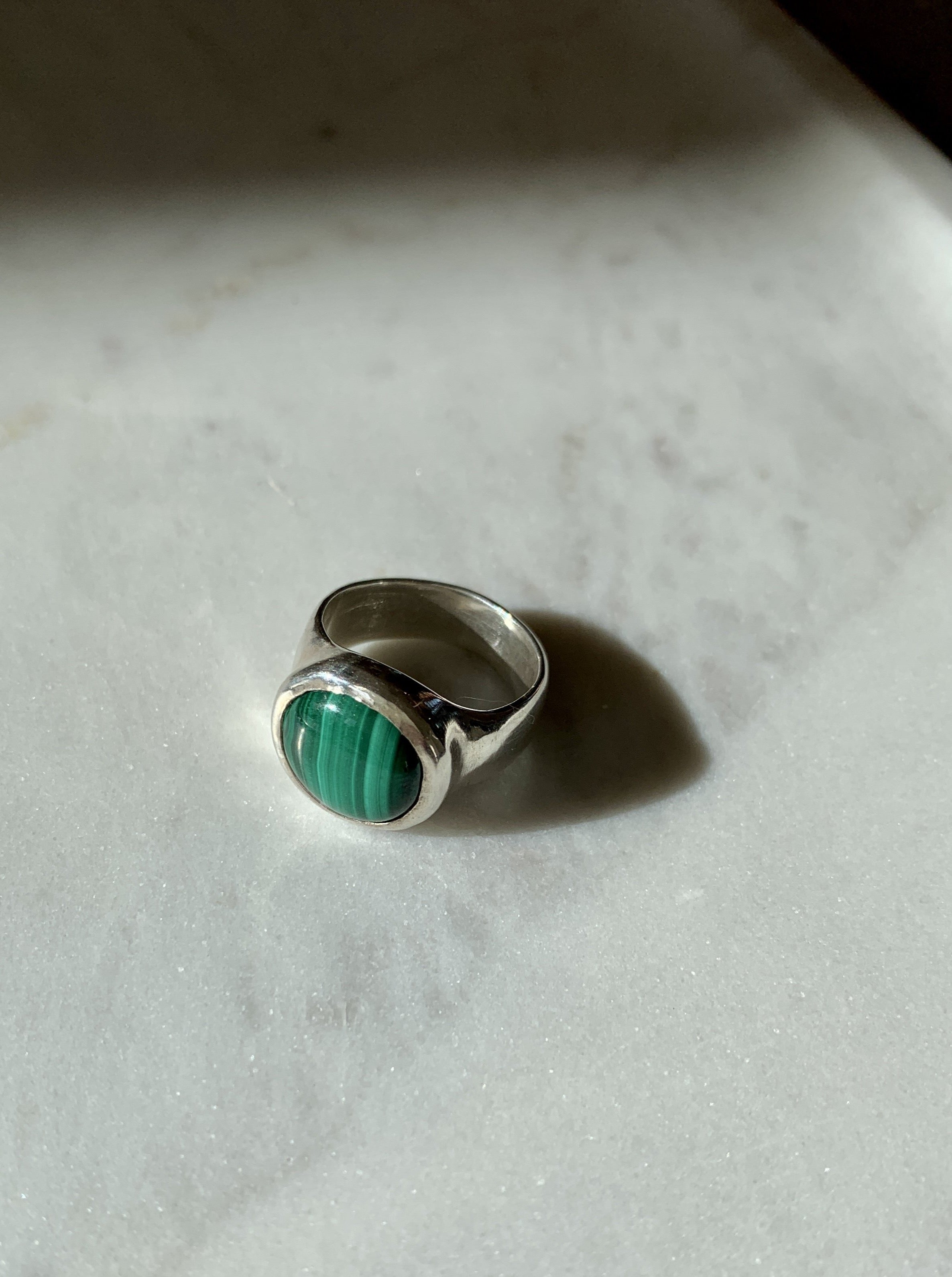 Rise Ring in Malachite and Silver