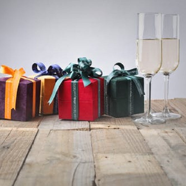 Practical Wedding Gifts: 18 Practical Wedding Favors That Your Guests Will Use