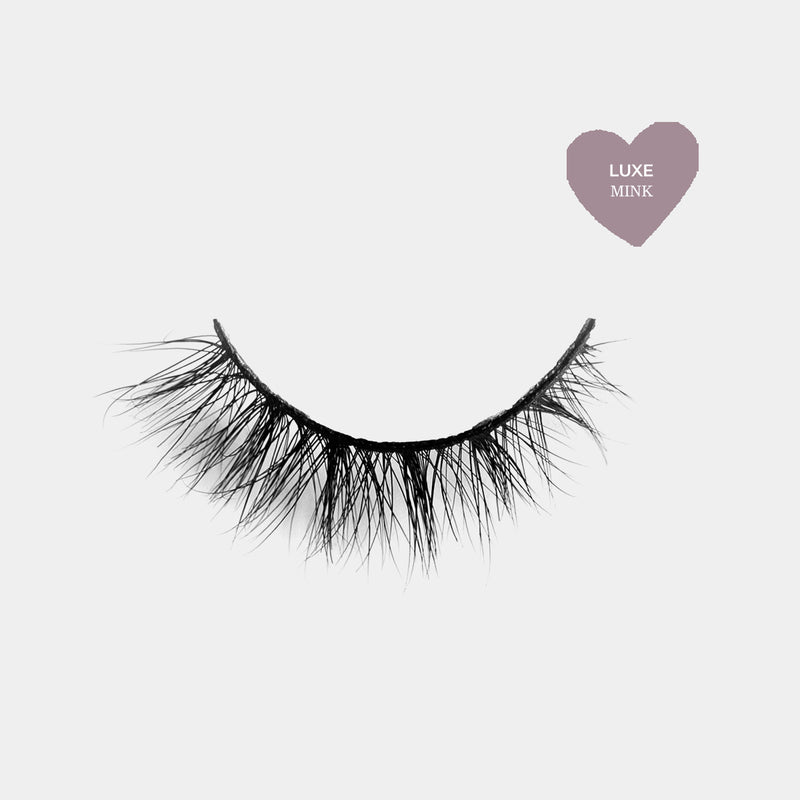 Natural looking lashes made out of high quality premium mink. Cruelty free lashes. Reusable lashes and mouldable comfort cotton band. Best high quality strip lashes. Easy to apply.