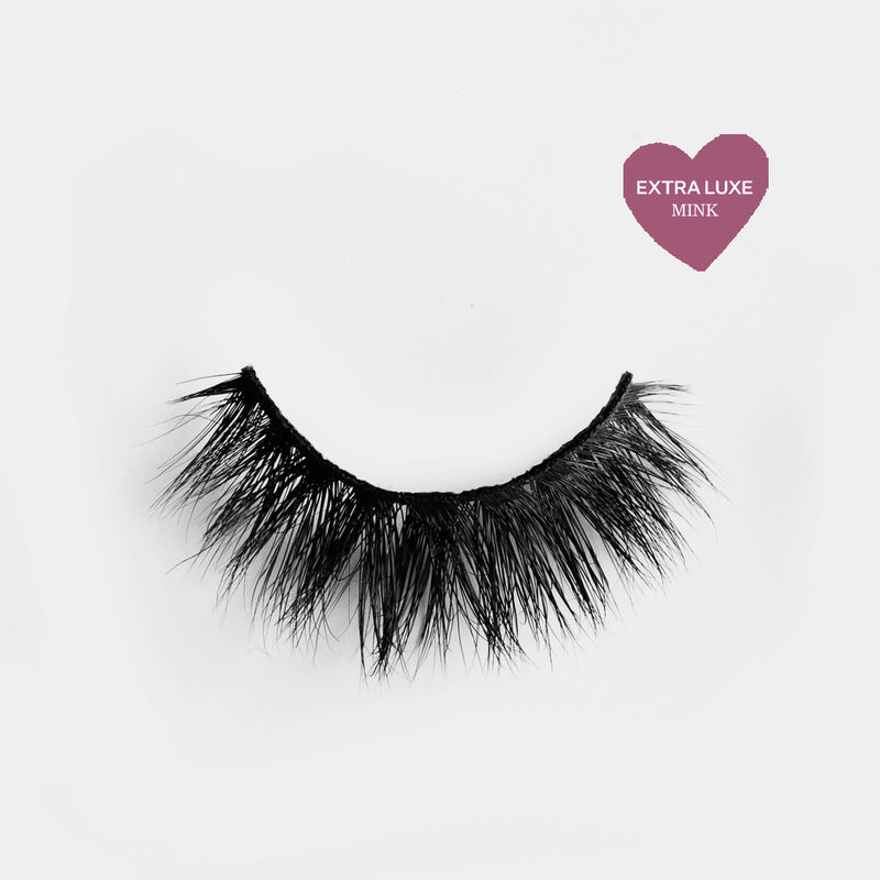 Glam looking lashes made out of high quality premium mink. Cruelty free lashes. Reusable lashes and mouldable comfort cotton band. Best high quality strip lashes. Easy to apply.
