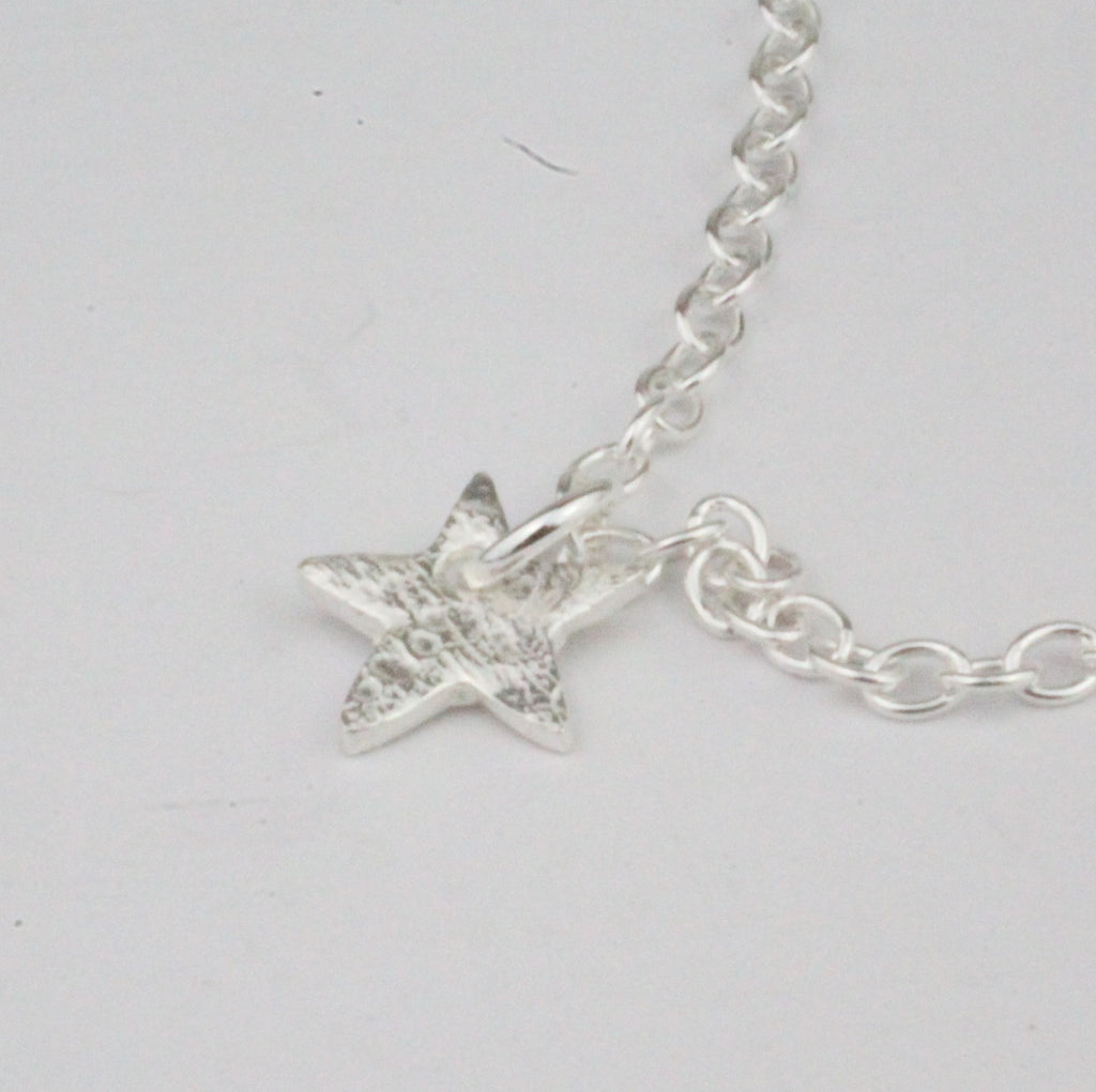 Sterling Silver Short Star Charm Necklace