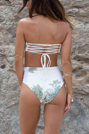 The Colony High Waisted in Plants of Paradise White