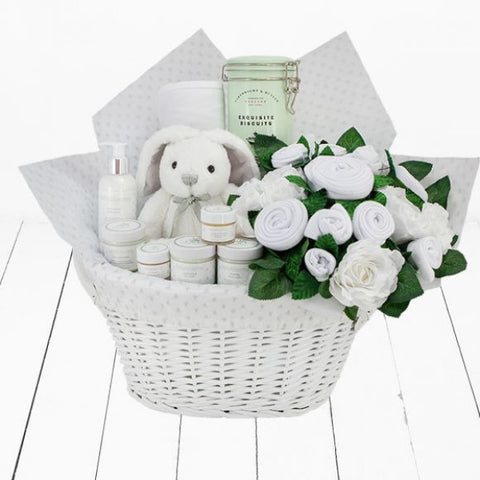 Mum & Baby Luxury Gift Hamper - White