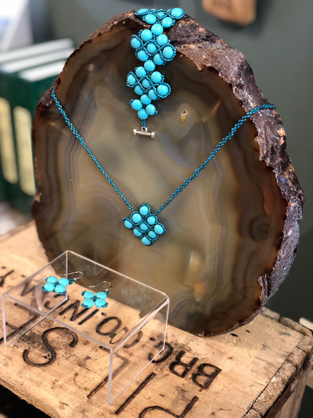 Handmade Turquoise beaded necklace