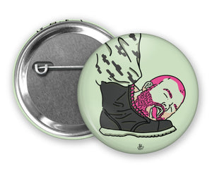 BEAR LICKING BOOT - Queerrilla Exclusive Special Edition - Badge Pinback Button