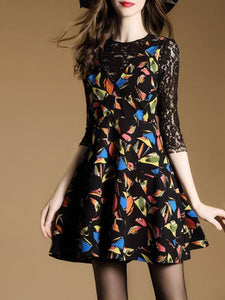 Round Neck Patchwork Abstract Print Hollow Out Skater Dress 056dcef13