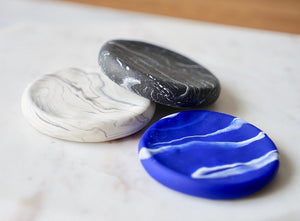 craft monkees - Ring/Trinket Dish - marble effect - royal blue - white - black